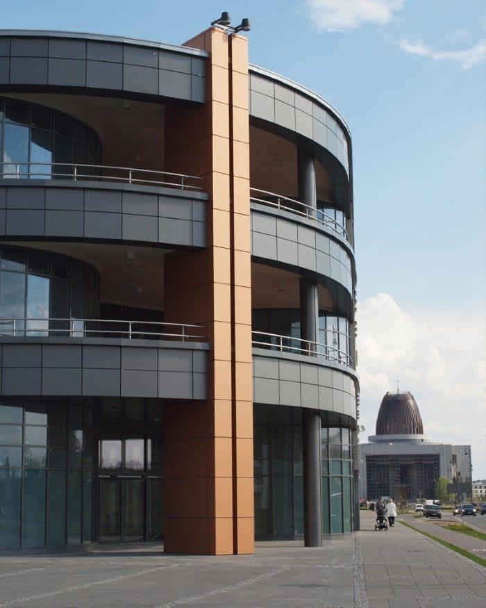 Osiedle pod Koroną, budynki wielorodzinne, Kwadratura